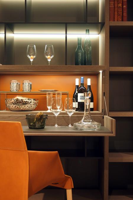 Jet Bar Desk / WALLSYSTEM