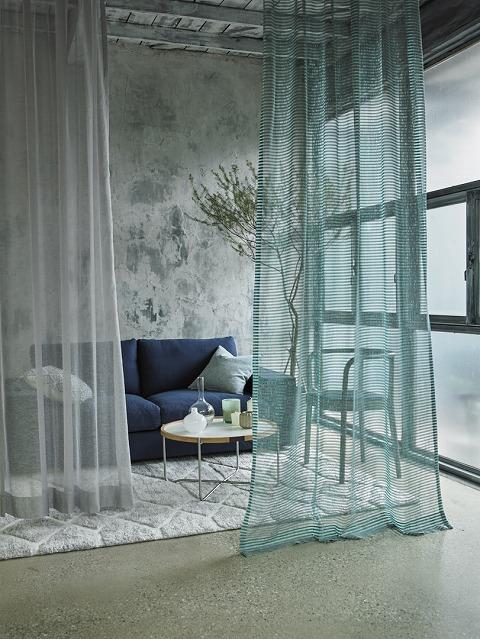 『ジャンティ』 エメラルドグリーンがとってもキレイで特徴的。 ナチュラルな空間にあわせてみたり、レザーのソファとの愛称も抜群!